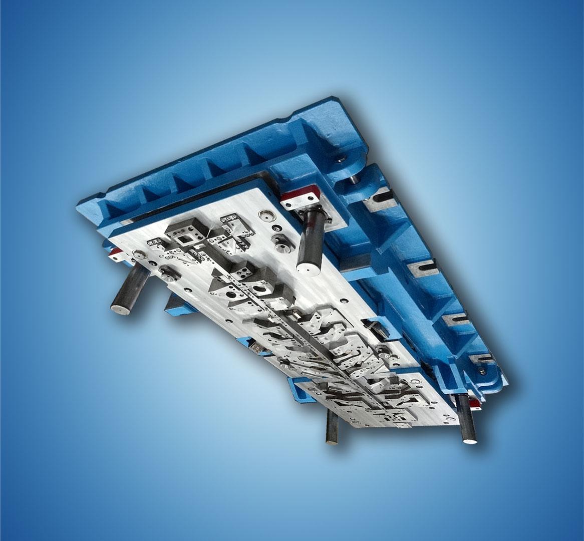 Ero-Projekt-d.o.o.-Toolshop-Werkzeugbau-2-Orodje-za-preoblikov--plocevine-_-slika-2