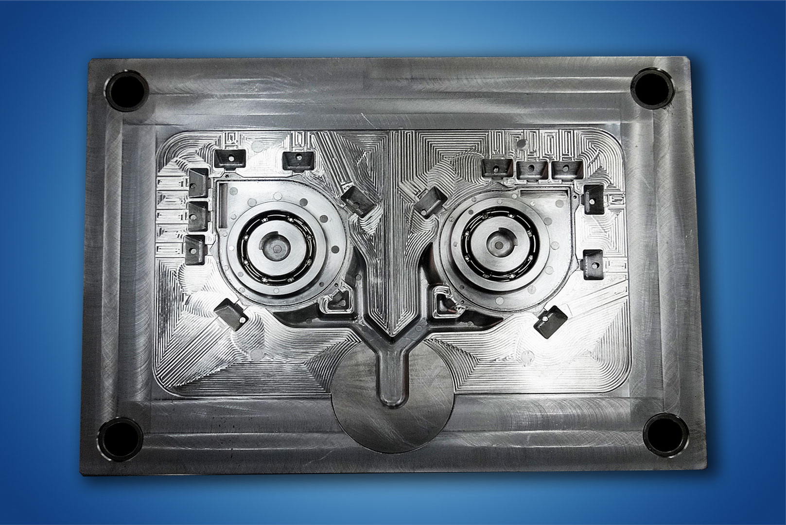 Ero-Projekt-d.o.o.-Toolshop-Werkzeugbau-4-Orodja-za-tlacno-litje-_-slika-3