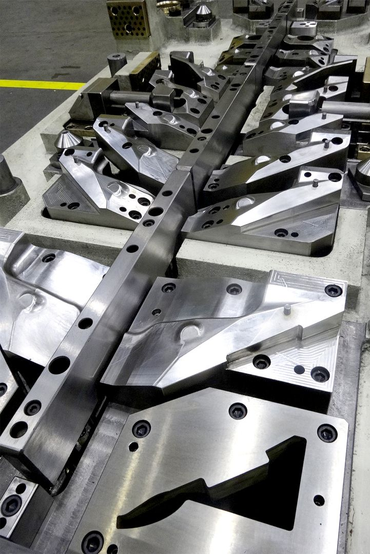 Toolshop–Werkzeugbau–orodjarstvo-2 Orodje za preoblikov plocevine _ slika 5