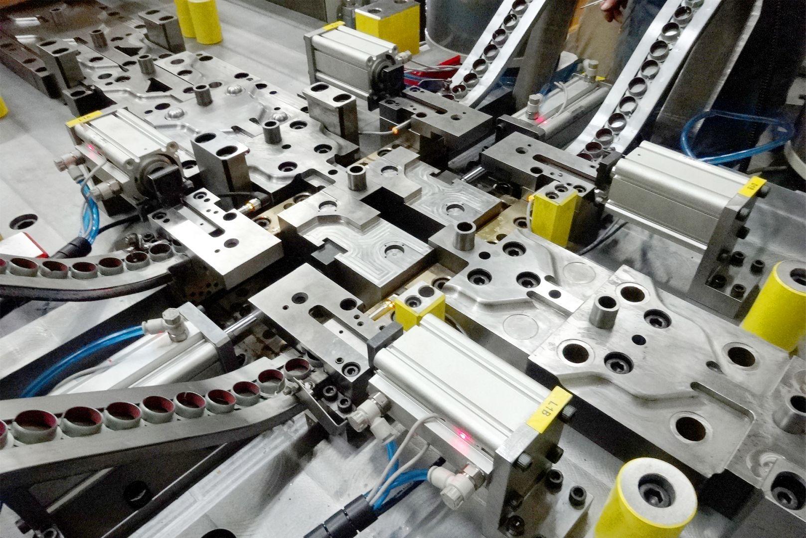 Toolshop–Werkzeugbau–orodjarstvo-4 Orodje za preoblikov plocevine _ slika 5a
