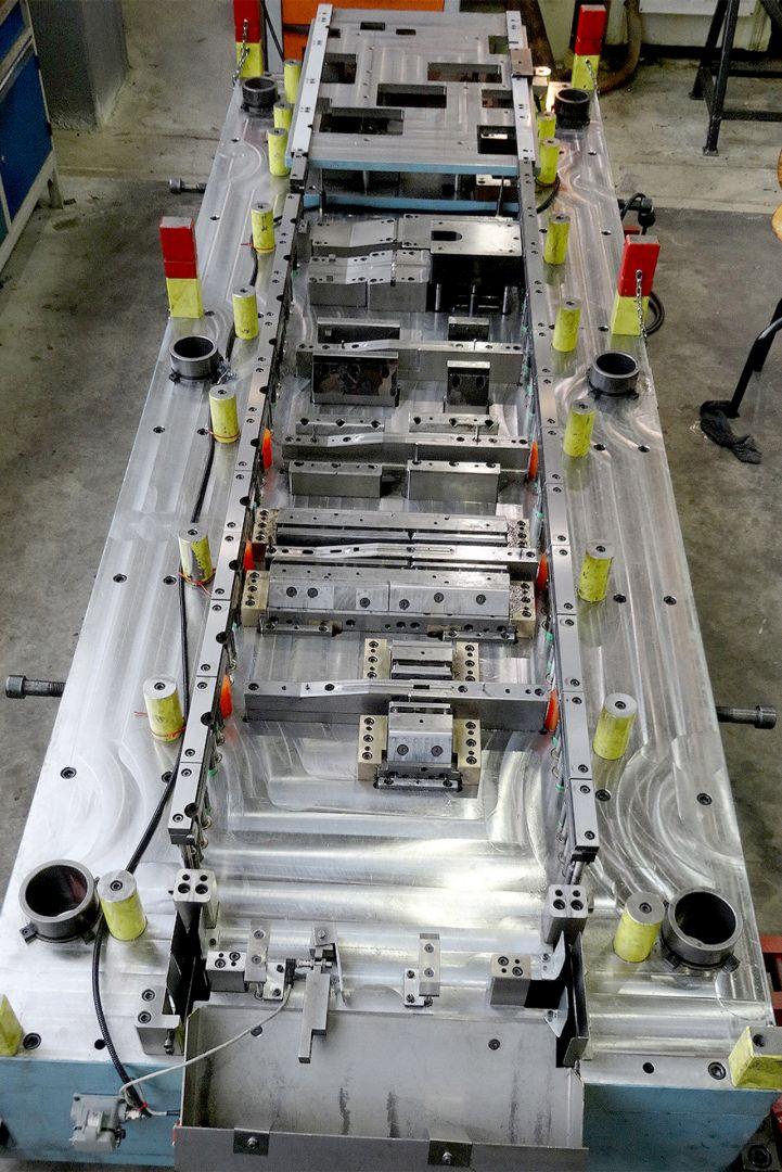 Toolshop–Werkzeugbau–orodjarstvo-5 Orodje za preoblikov plocevine _ slika 5