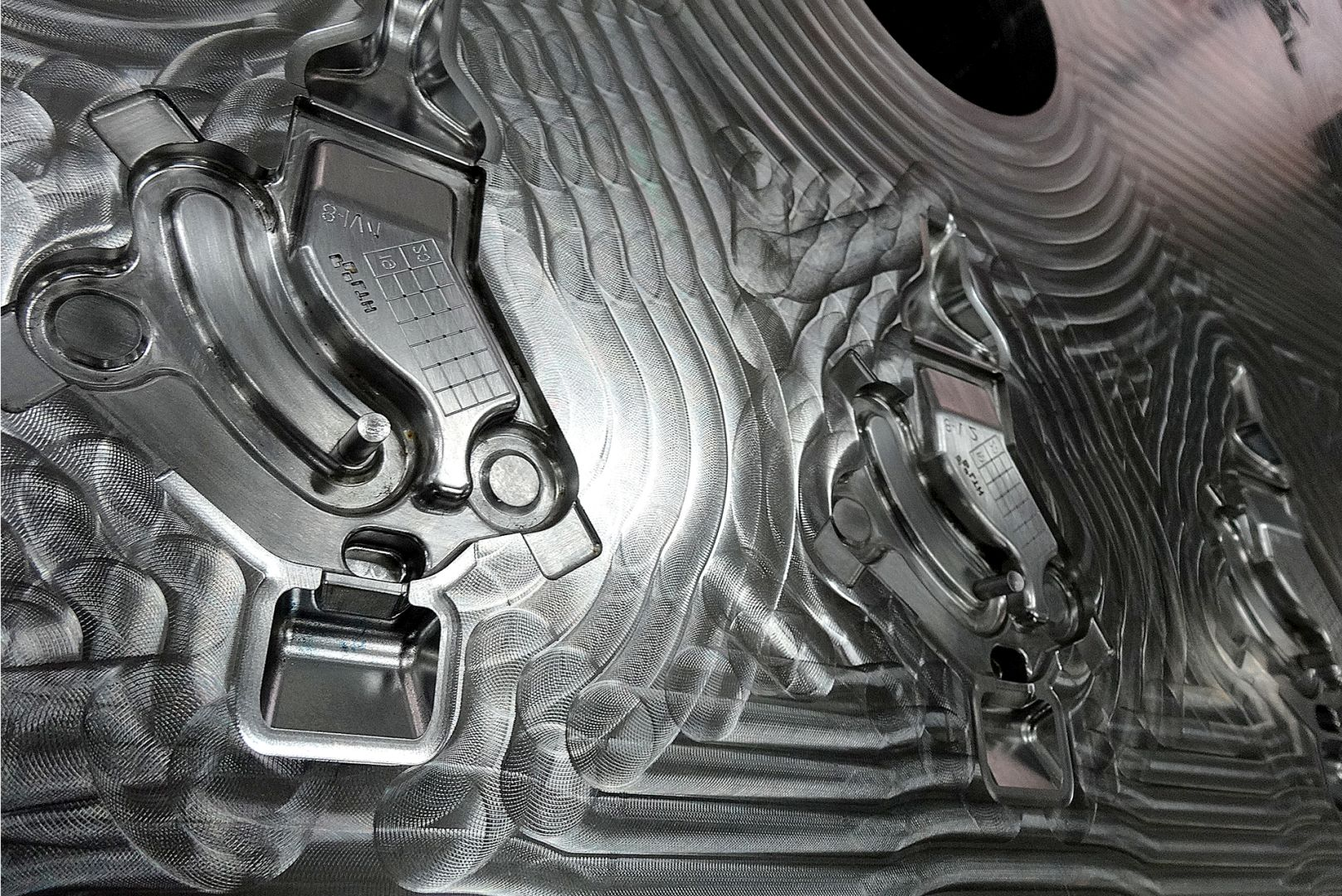 Toolshop–Werkzeugbau–orodjarstvo-7 Orodja za tlacno litje _ slika 5a