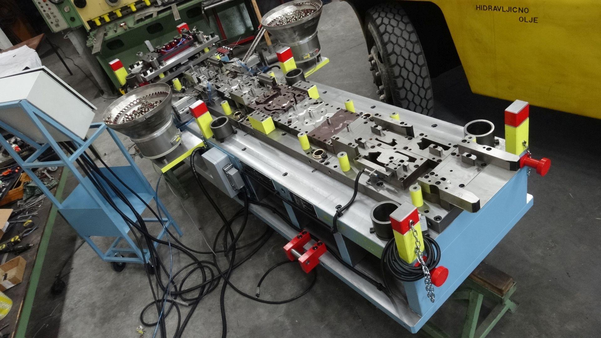 Toolshop–Werkzeugbau–orodjarstvo-DSC00408