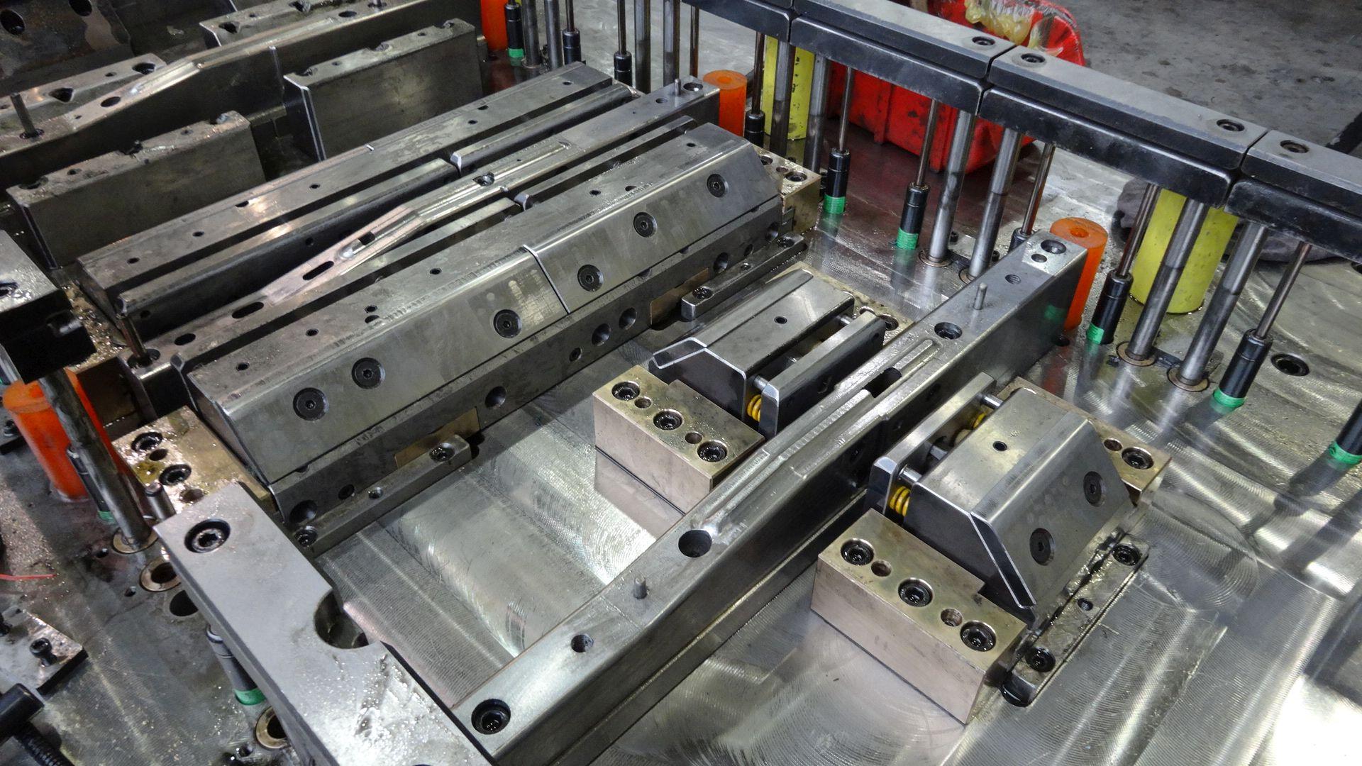 Toolshop–Werkzeugbau–orodjarstvo-DSC00652