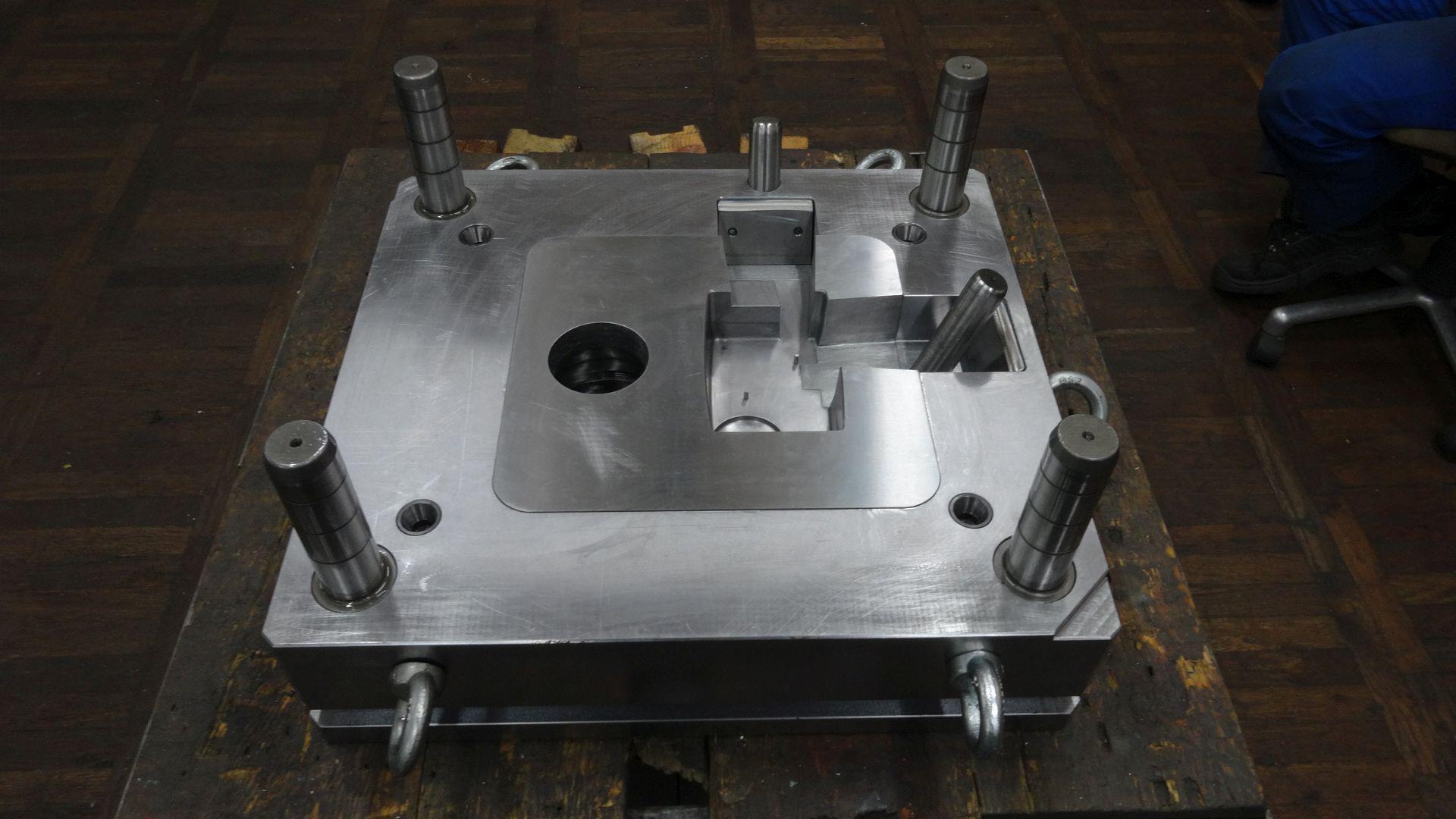 Toolshop–Werkzeugbau–orodjarstvo-DSC00771