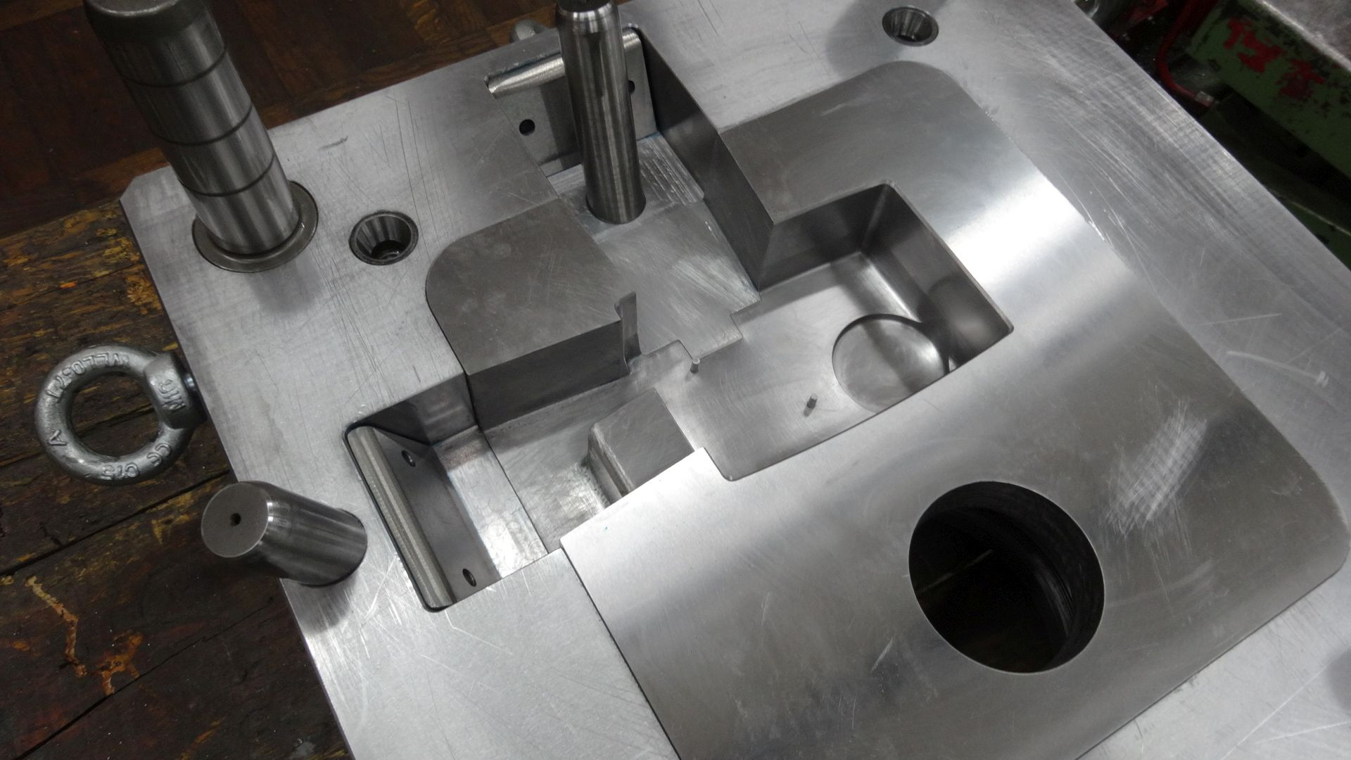 Toolshop–Werkzeugbau–orodjarstvo-DSC00781
