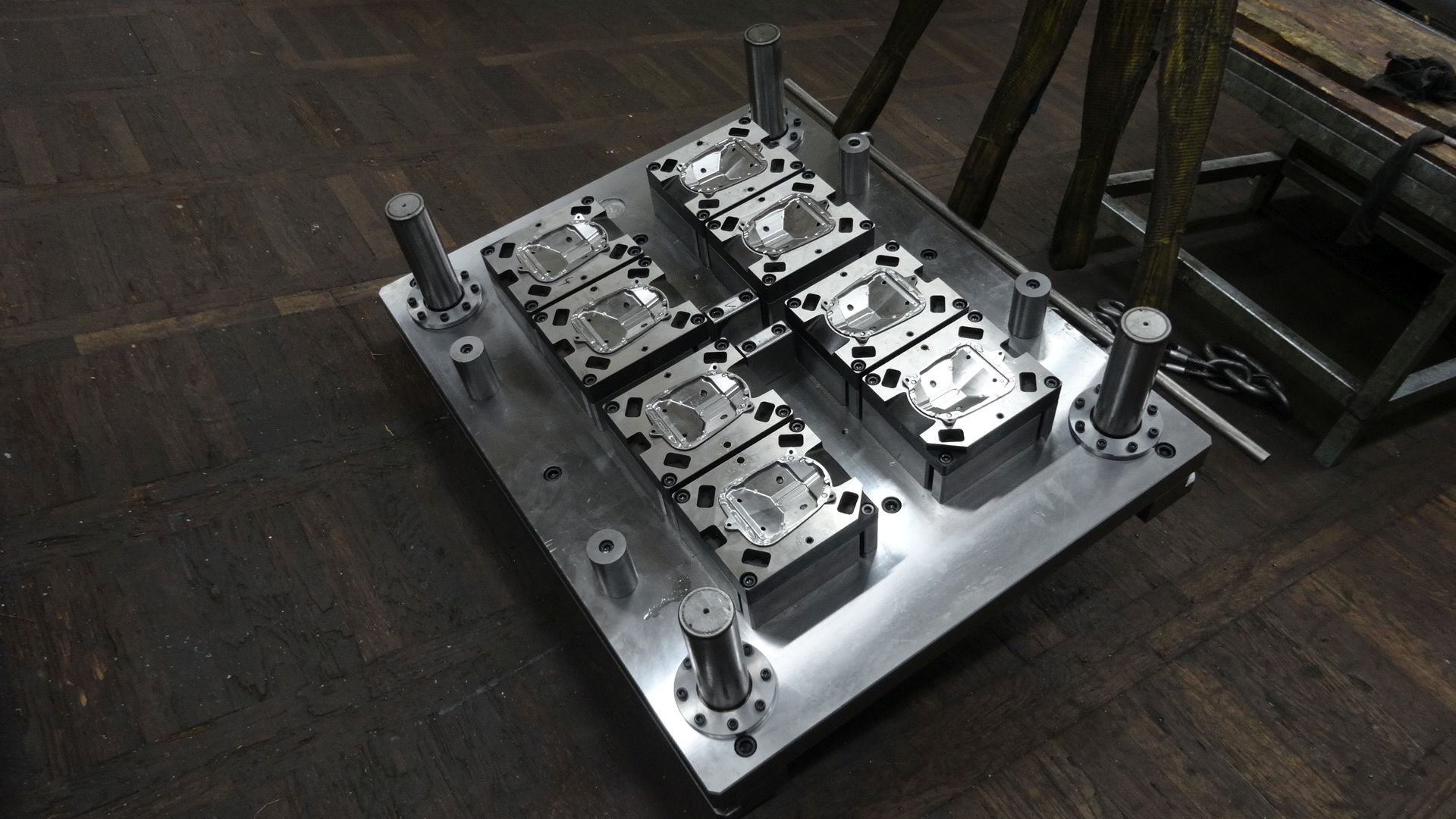 Toolshop–Werkzeugbau–orodjarstvo-DSC00834