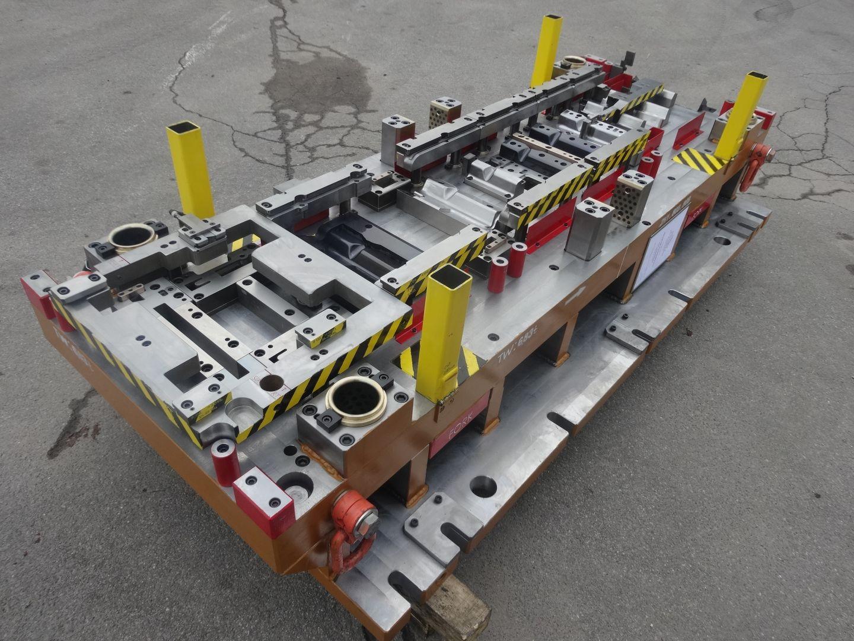 Toolshop–Werkzeugbau–orodjarstvo-DSC02608
